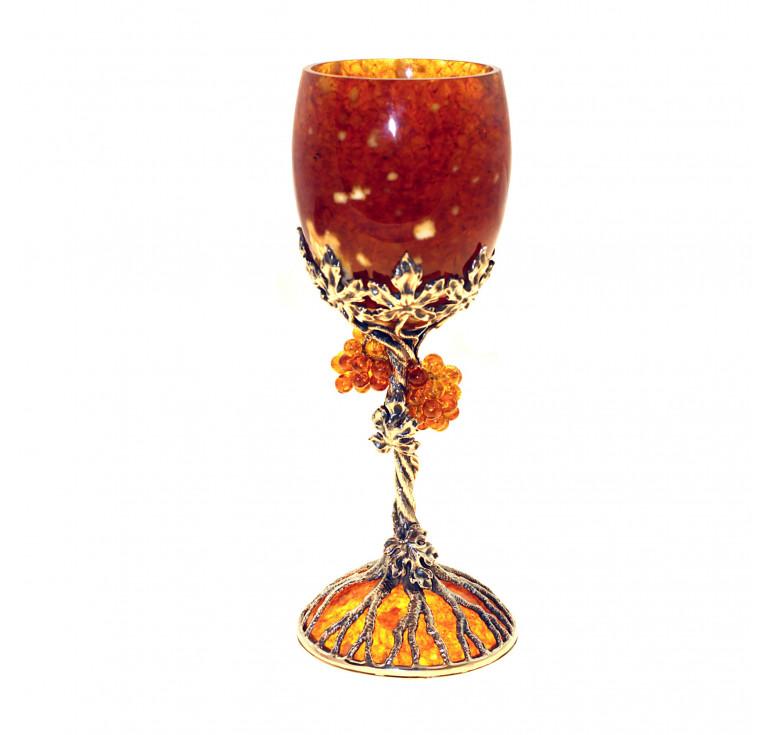 Бокал «Виноград» из янтаря