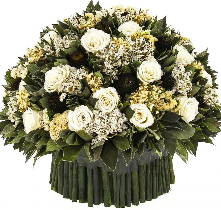 """Огромный """"вечный"""" букет белых роз"""