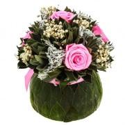 Букет Бомбоньер средний из вельветового листа и розовых роз Ø18 H19