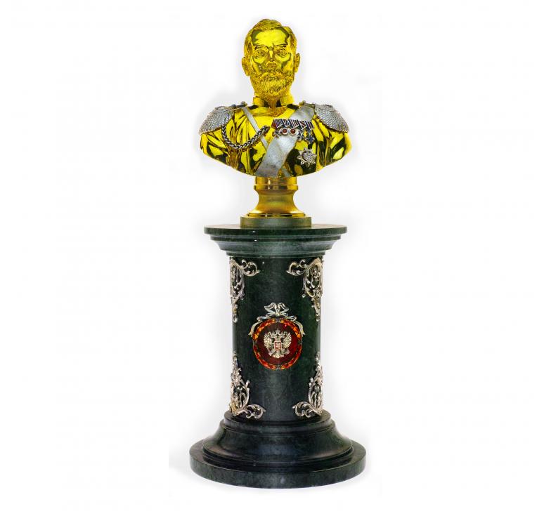 Николай Второй из серебра и золота