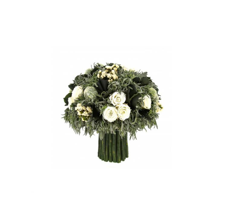Красивый белый букет, композиция, розы, лаванда Типучино