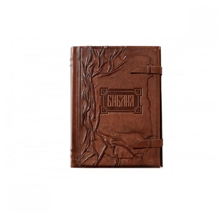 «Библия с клапаном» (золотой обрез) 002 (кз)