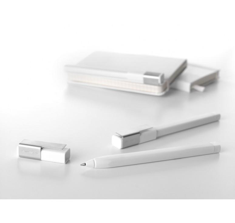 Ручка пластиковая роллер Plus 0,5мм