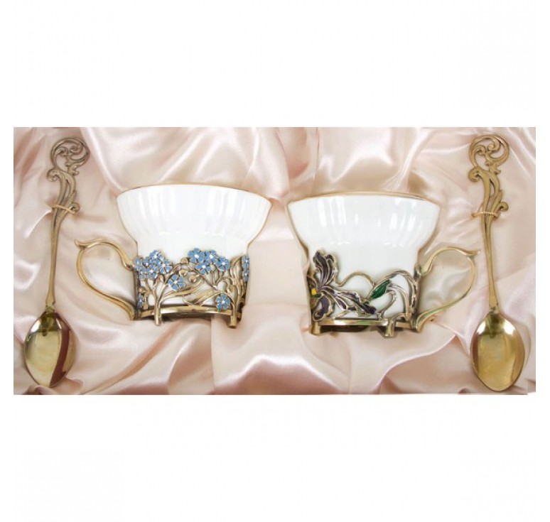 Чайная пара фарфоровая Ирисы и Незабудки(эмаль) в картонном футляре
