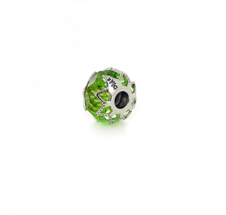 Перлина- подвеска «Изумрудная весна»