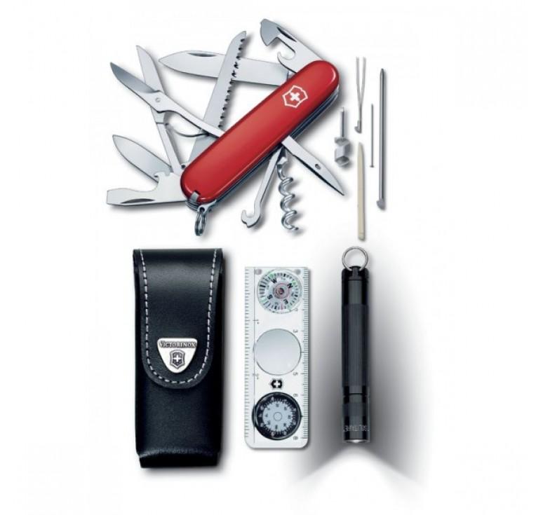 Набор VICTORINOX Traveller Set: нож Huntsman, фонарь Maglite, чехол, линейка, термометр, уровень