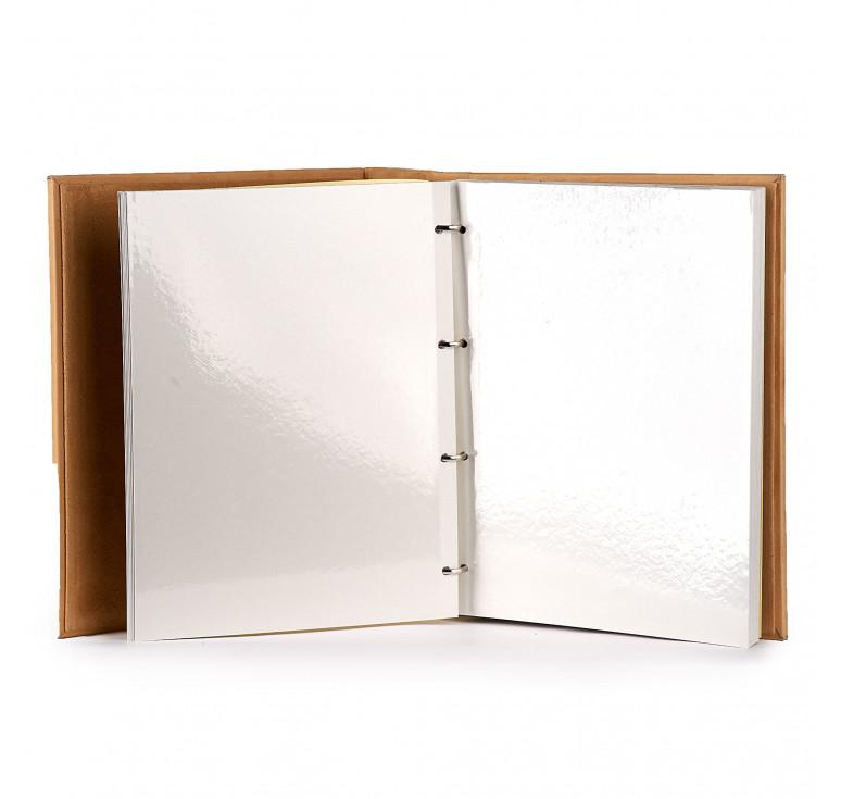 Свадебный фотоальбом «Сердце на двоих»