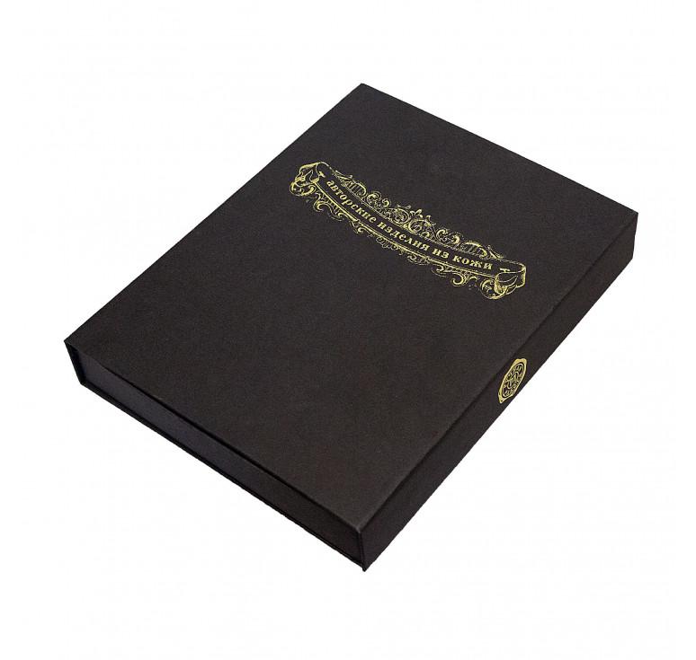 Подарочная коробочка черная