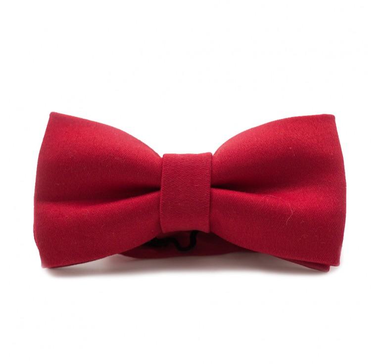 Мужская бабочка из ткани сатин красного цвета