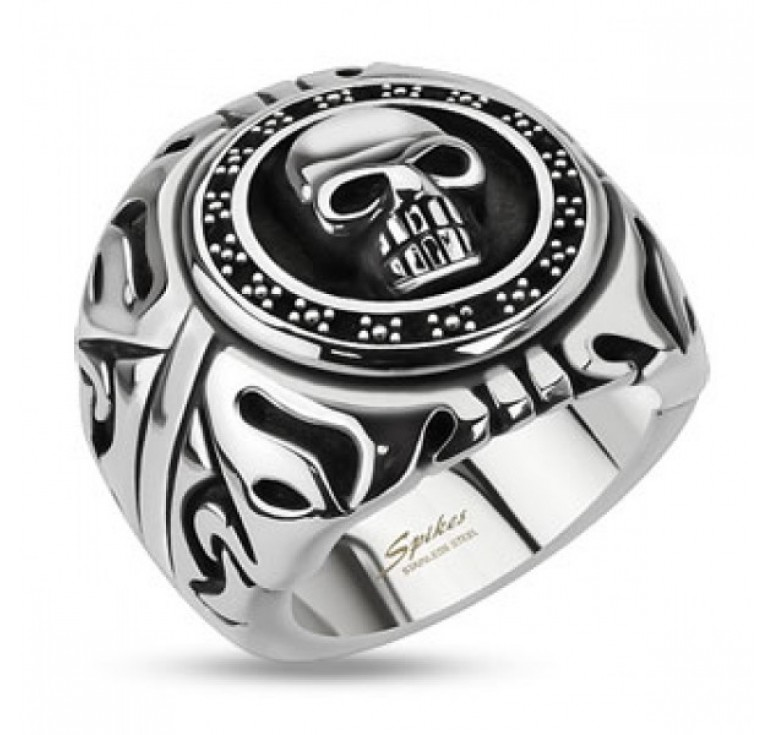 Мужское кольцо из стали с изображением черепа