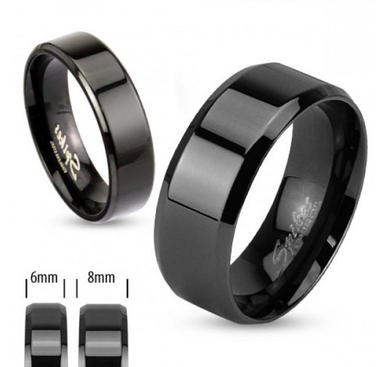 Мужское кольцо из стали цвет черный. Могут быть использованы как парные кольца