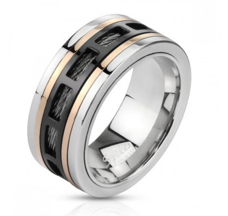 Мужское кольцо из стали с вращающейся центральной частью цвет платина, золото, черный. Посередине цепь цвет черный