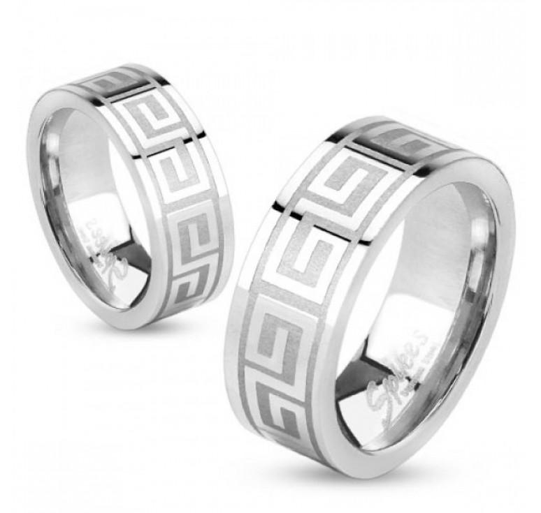 Мужское кольцо из стали цвет платина с узором меандр. Могут быть использованы как парные кольца