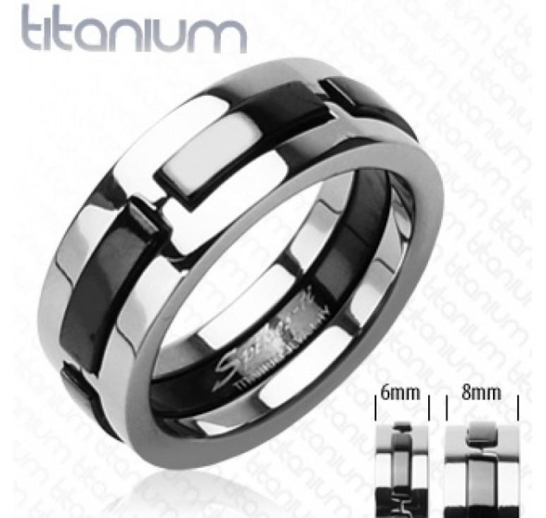 Мужское кольцо из титана цвет платина со вставками цвет черный