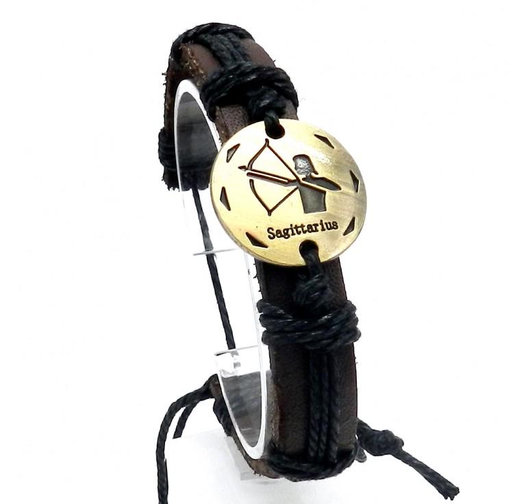 Мужской кожаный плетеный браслет со вставкой со знаком зодиака Стрелец. Размер регулируется цвет черный