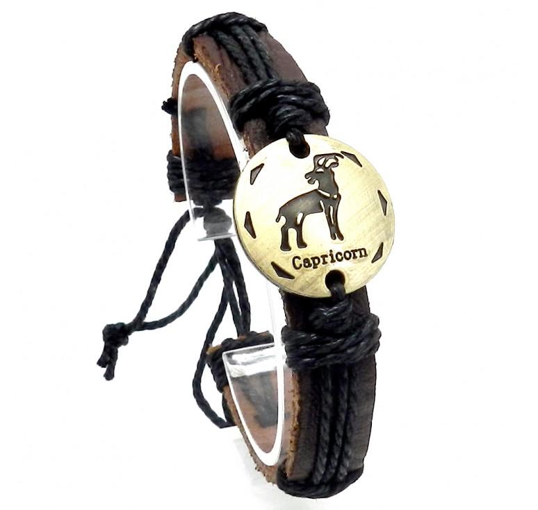 Мужской кожаный плетеный браслет со вставкой со знаком зодиака Козерог. Размер регулируется цвет черный