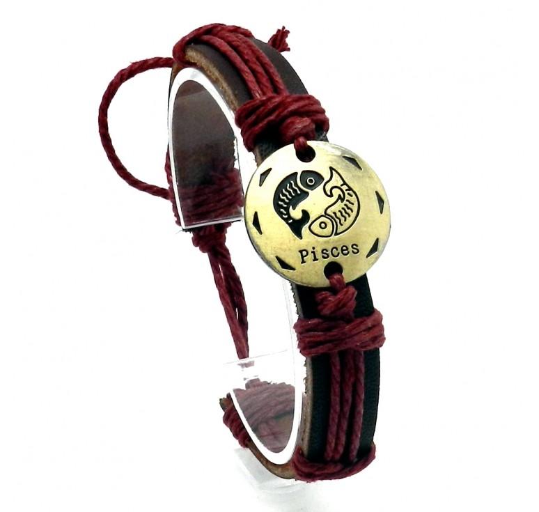 Мужской кожаный плетеный браслет со вставкой со знаком зодиака Рыбы. Размер регулируется цвет бордовый