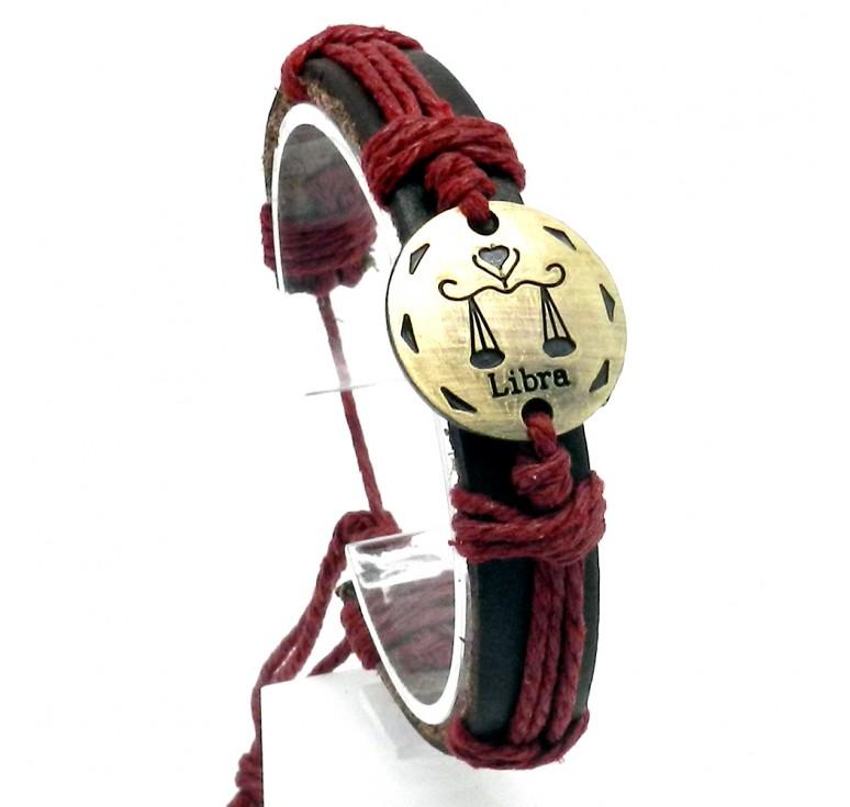 Мужской кожаный плетеный браслет со вставкой со знаком зодиака Весы. Размер регулируется цвет бордовый
