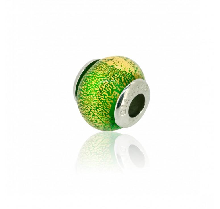 Подвеска шарм зеленого цвета