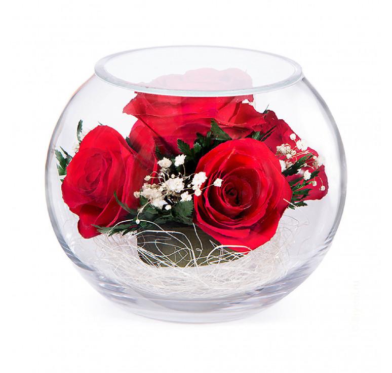 Композиция из красных роз