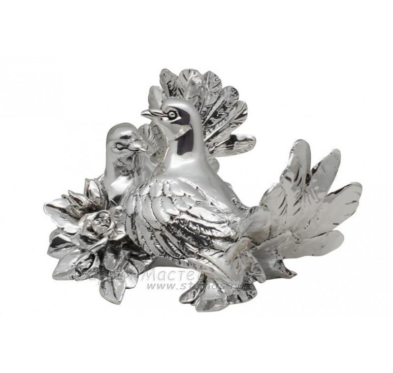 Композиция «Пара голубей с розами» посеребрение