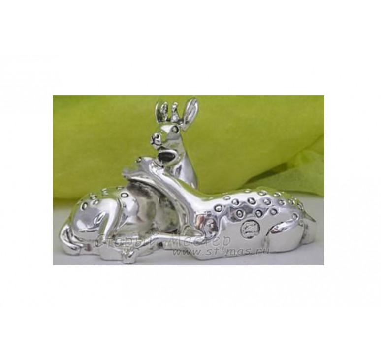 Статуэтка «Парочка оленей»