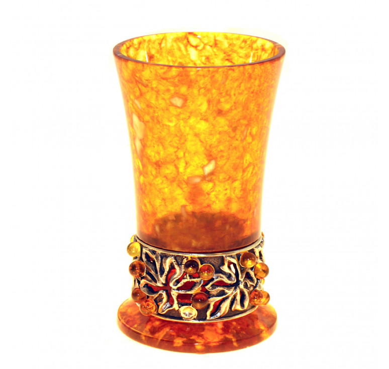 Стопка «Виноград» из янтаря